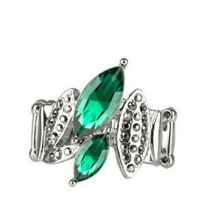 Green ring Paparazzi